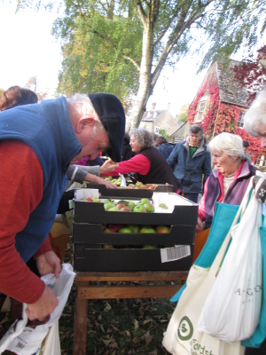 Big Apple Take-Away 23 October 2016 - Copyright Susie Walker